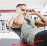 锻炼腹肌的五种卷腹训练动作
